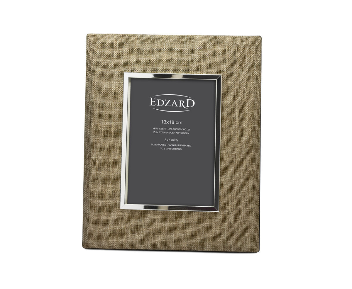 4868 Fotorahmen Teramo für Foto 13 x 18 cm, Textil beige, edel versilbert, anlaufgeschützt, 2 Aufhän