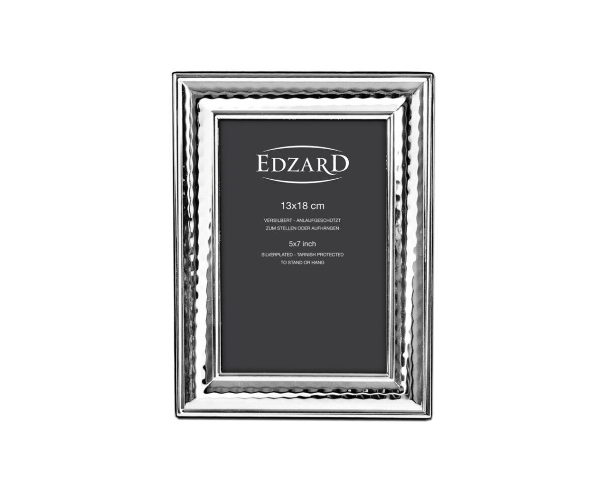 3928 Fotorahmen Urbino für Foto 13 x 18 cm, edel versilbert, anlaufgeschützt, mit 2 Aufhängern