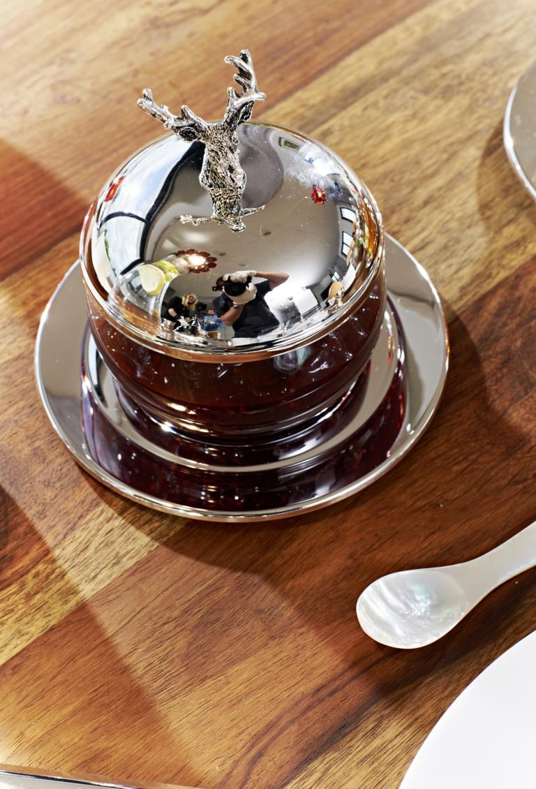 2407 Marmeladenglas Zuckerdose Hirsch, Höhe 11 cm